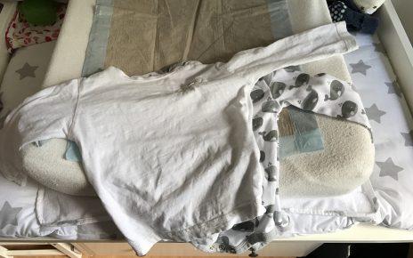 Baby-Anziehen